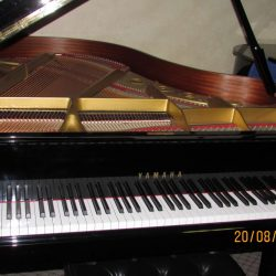 Yamaha piano for rent