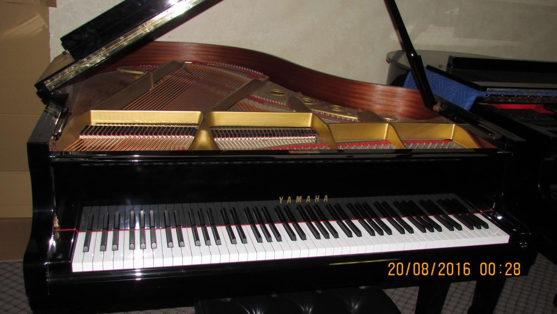Yamaha piano for rent